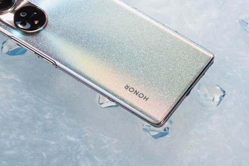 美学设计标杆 荣耀50系列引领手机设计风潮